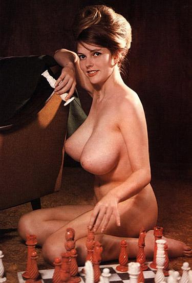 Frauen pralle nackte Titten Die