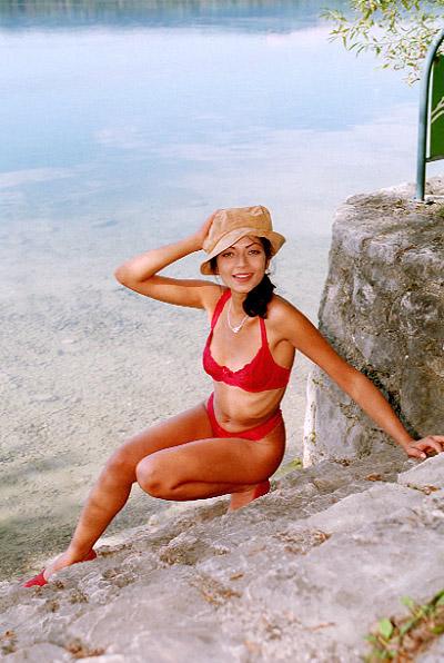 Sexy girls at the beach – Titten unter Palmen