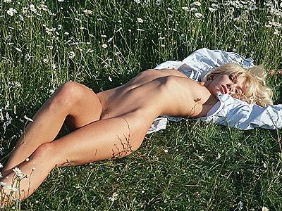 latex bondage sex am fkkstrand
