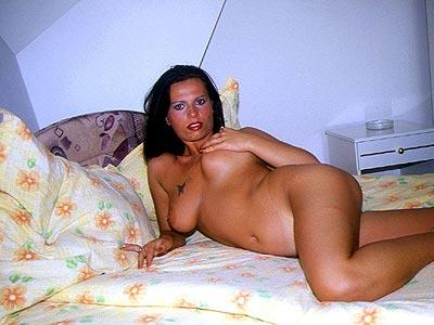Sexkontakte - nackte Frauen erwarten Dich