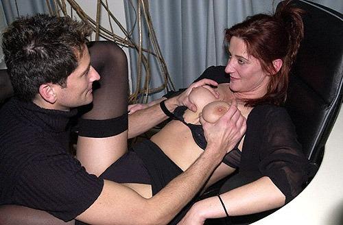 reife frauen sekretaerin macht ficken buero beine breit