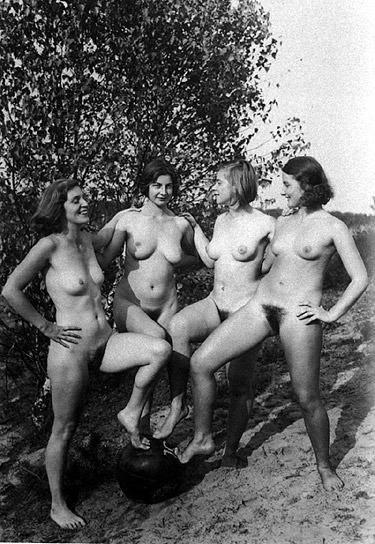 Aktfotos Mädchen 30er Jahre